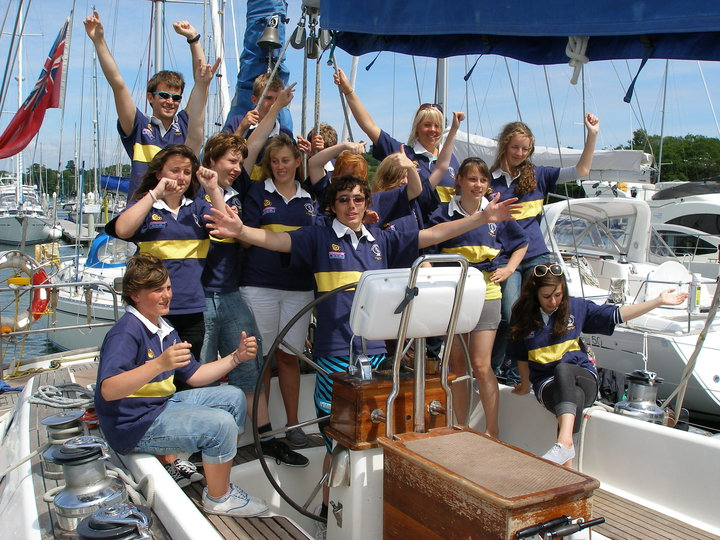 Volunteer with the Rona Sailing Project