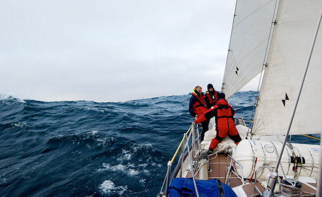 Join a Voyage with the Rona Sailing Project